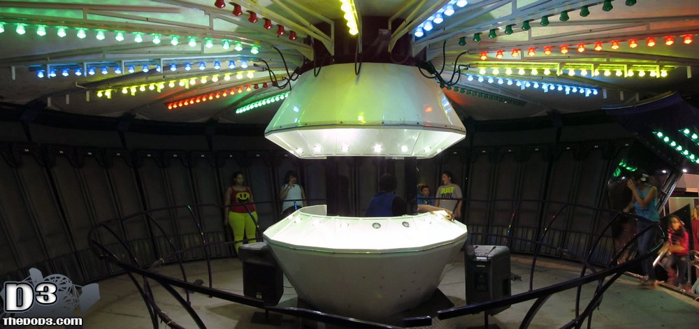alien abduction ride - photo #36