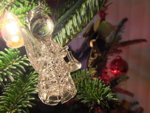 Help I'm an ornament